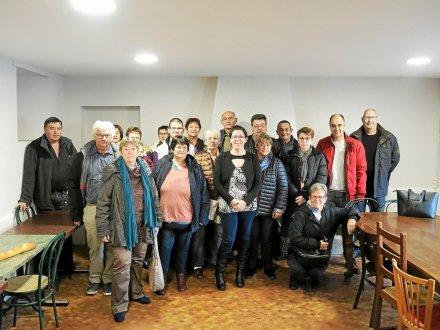Les nouveaux membres du bureau et les bénévoles de l'association